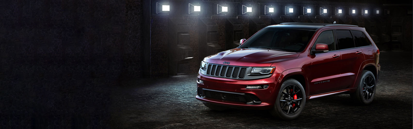 Jeep Grand Cherokee SRT Velvet Red