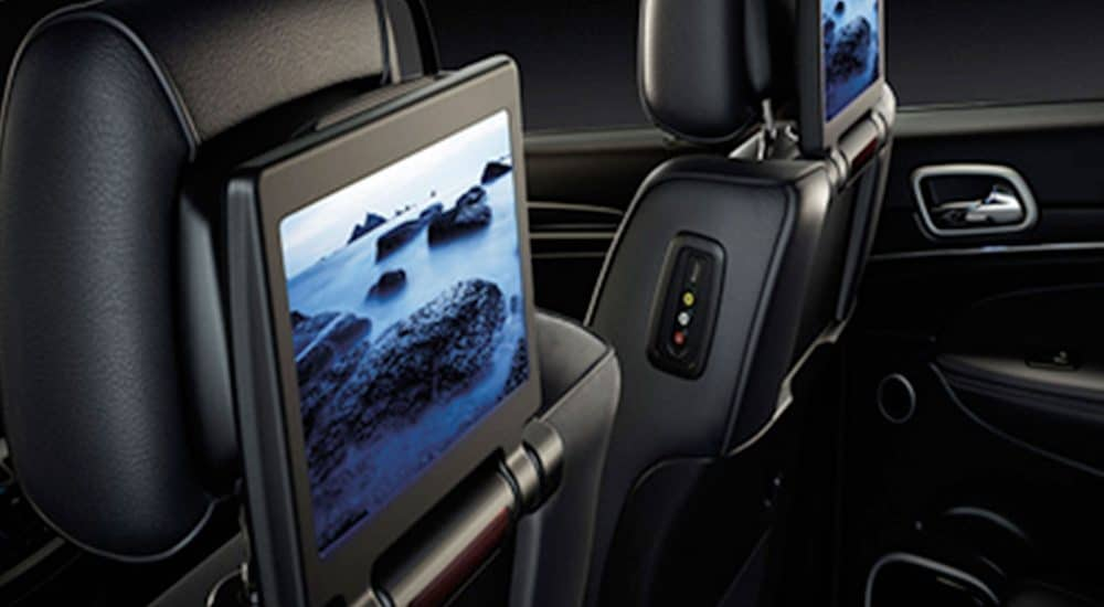 Jeep Grand Cherokee Blu-Ray Entertainment System Image