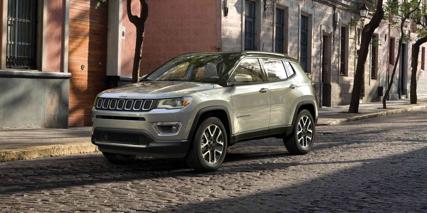 TOP REASONS TO BUY JEEP COMPASS